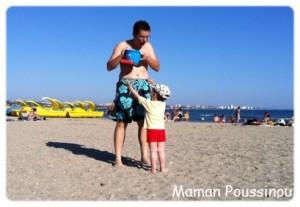 Poussins Nus Sur La Plage - frpictoacom