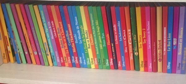 notre collection de livres disney livres pour enfants maman poussinou blog lifestyle pr s. Black Bedroom Furniture Sets. Home Design Ideas