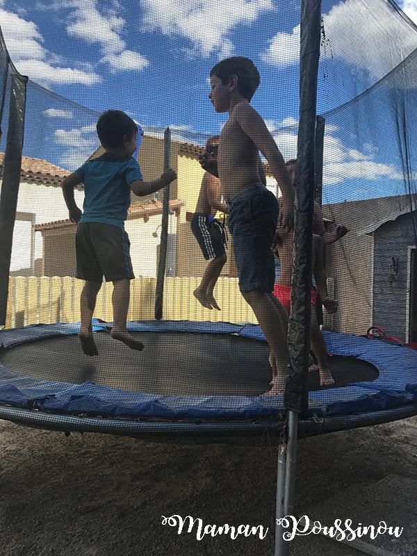 Le trampoline la bonne idée pour petits et grands