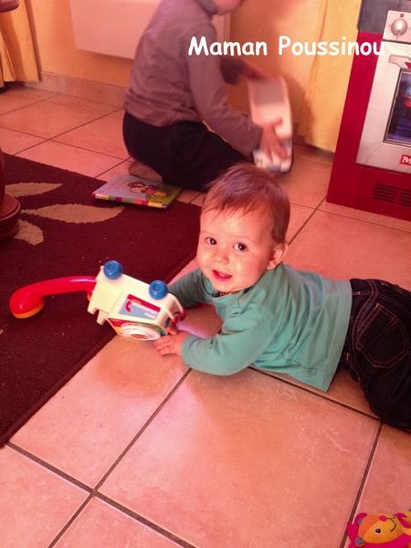 Un bébé de 9 mois ça fait quoi de ses journées ?
