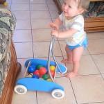 13 mois et 3 petits pas par-ci, 3 petits pas par-là… – Quoi de neuf les loulous n°83