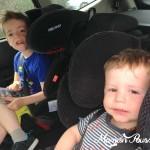 Bien voyager avec bébé et enfant – mon guide de survie