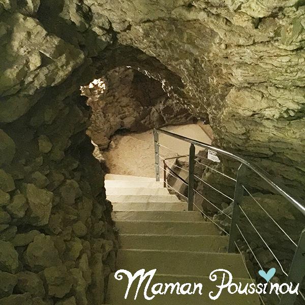 escaliers-grottes-balme-isere
